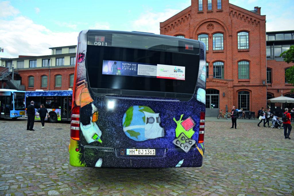 HVV-Bus von hintern gesehen