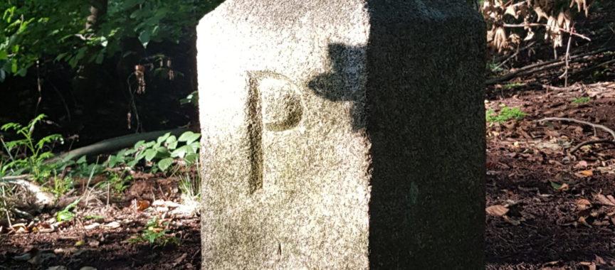 Grenzstein mit P für Preußen