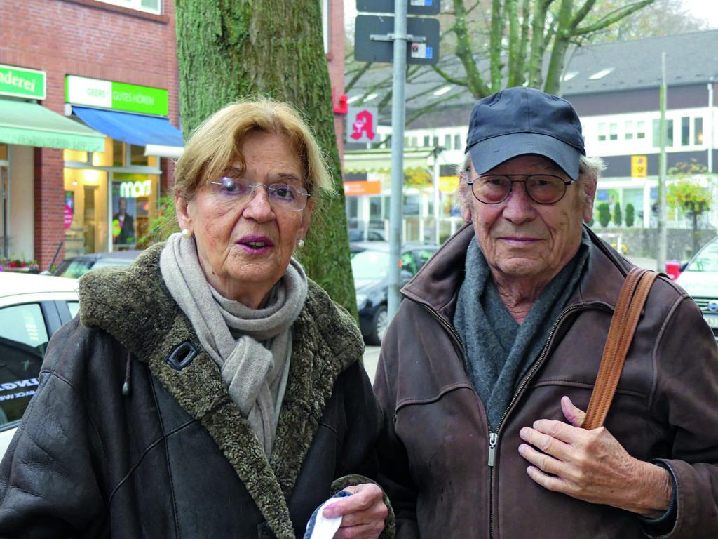 Gisela Dierks und Heino Flache zum Thema Autofreier Volksdorfer Ortskern