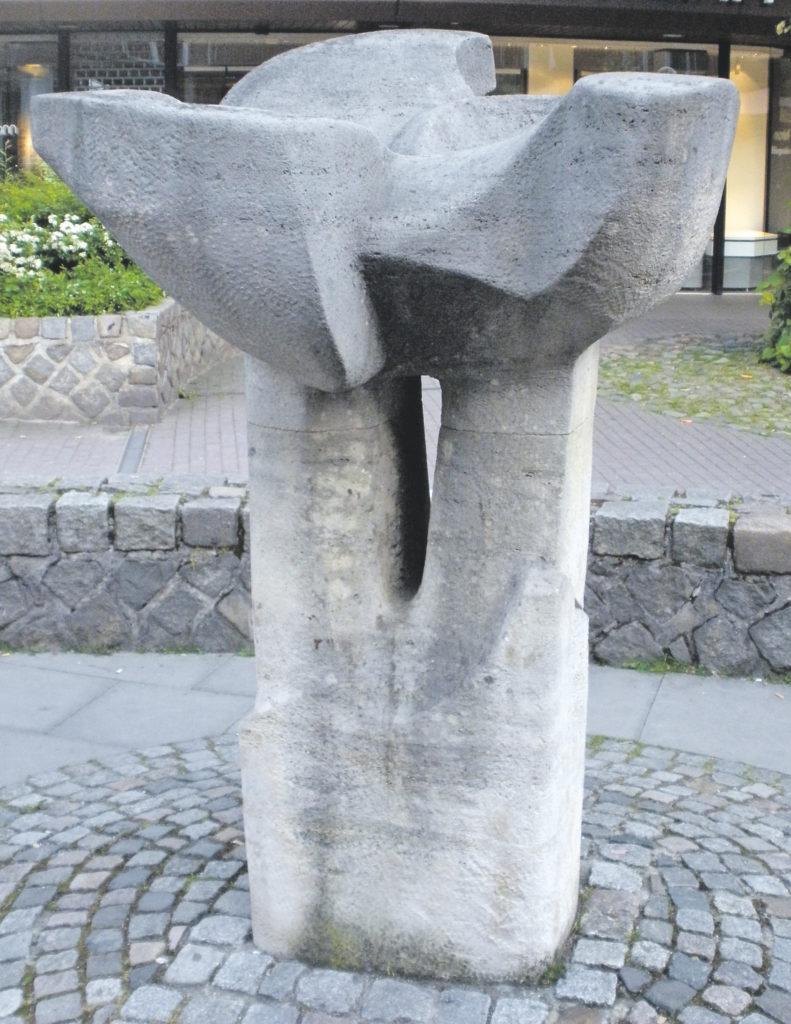 Das Denkmal der Weißen Rose in Hamburg Volksdorf