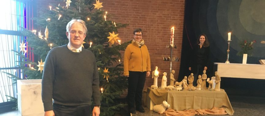 Drei Pastoren in der Kirche in Sasel
