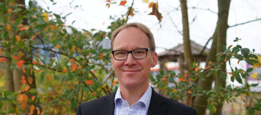 Dr. Martin Widmann ist der Schulleiter am Gymnasium Oberalster