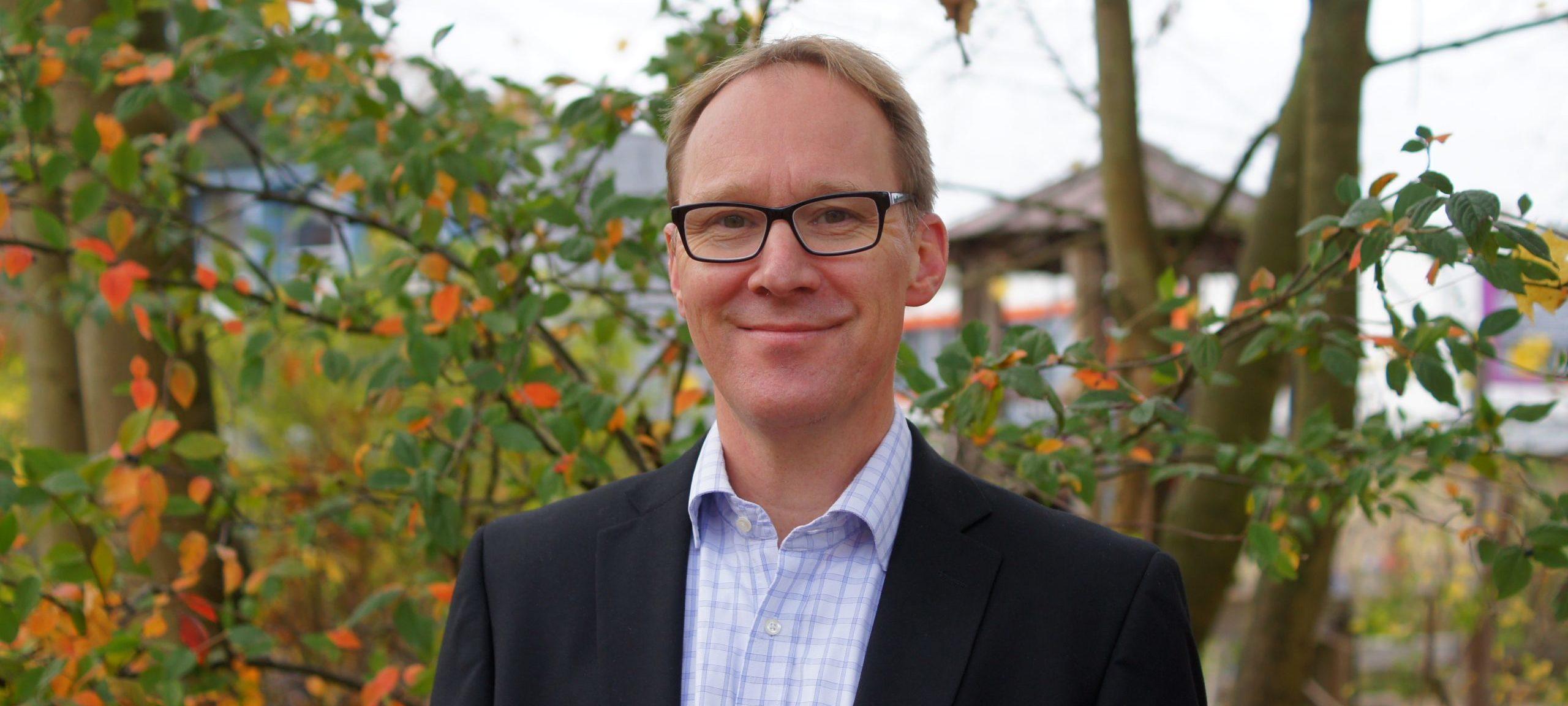 Dr. Martin Widmann - Slider