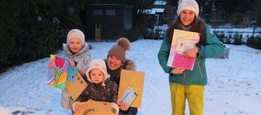 Sophia, Luise und Emma malen für Senioren