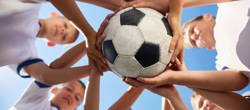 Jugendmannschaften dürfen bereits kontaktlos in kleinen Gruppen trainieren.