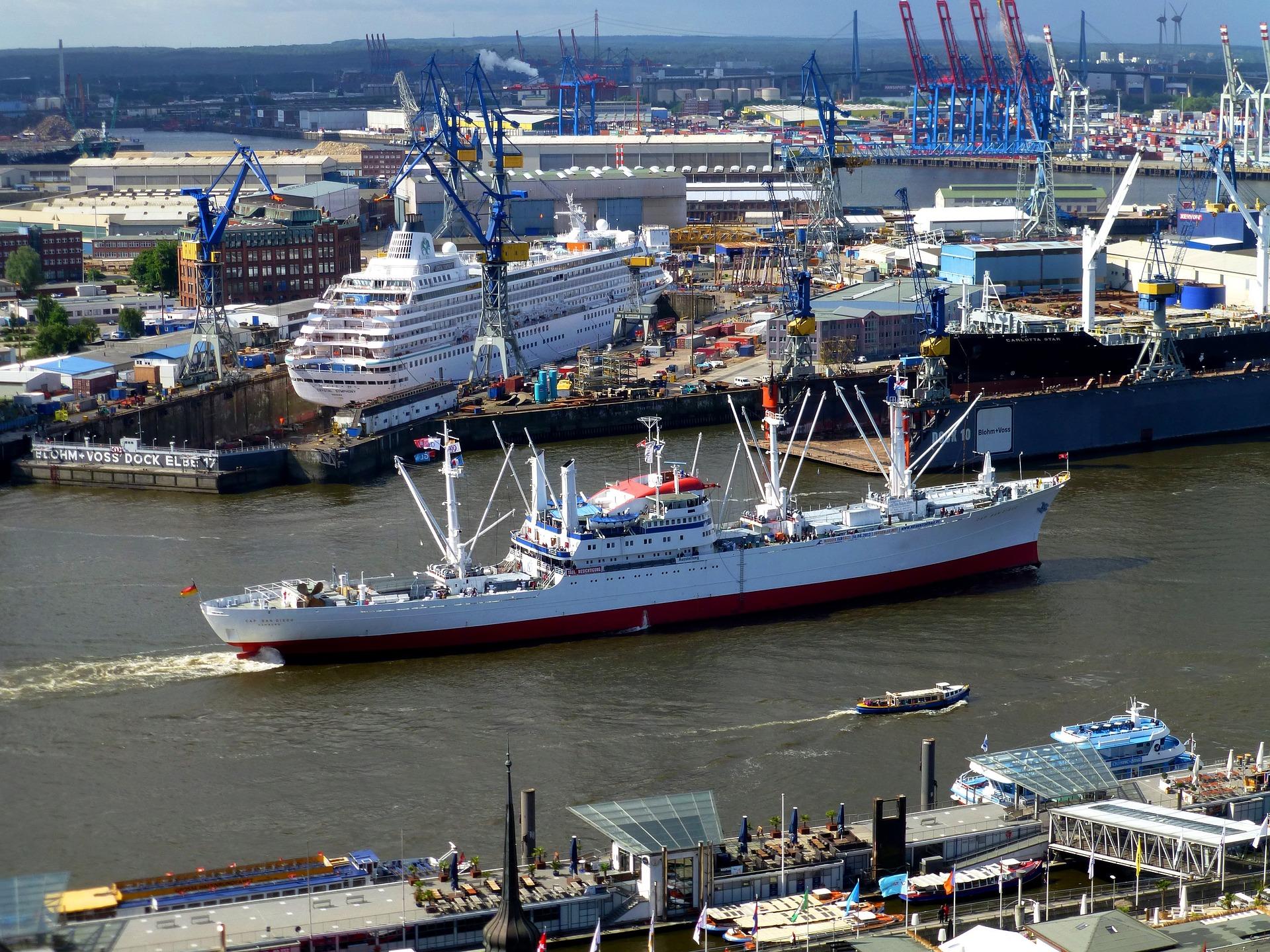 Online-Rundgang: Wer arbeitet eigentlich im Hamburger Hafen?