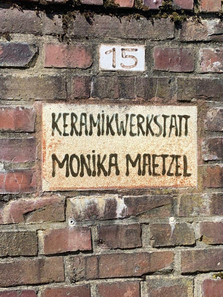 Schild Keramikwerkstatt Monika Maetzel