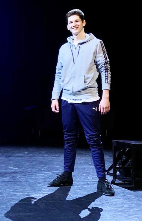 Ben Alm (15) hat die Musical-Bühne für sich entdeckt: Gesang, Tanz und Schauspiel sind seine Welt.