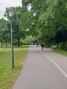 Veloroute 6, Breite Radwege im Eilbekpark