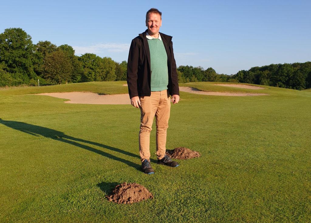 Der Feind auf meinem Rasen, Michael Busch vs Maulwurf, Golfplatz Treudelberg
