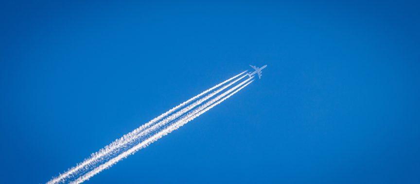 Flugzeug_am_Himmel_pixabay