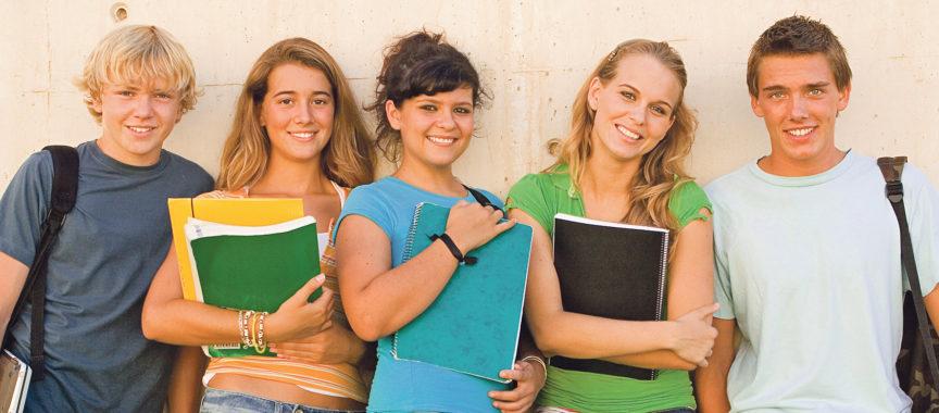 Gruppe_Schüler_Abitur