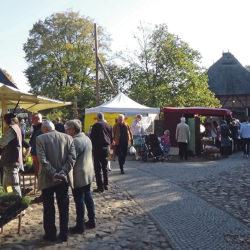 Bauernmarkt im Museumsdorf
